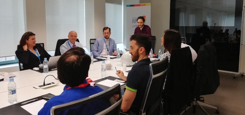 Intraemprendedores y startups en el ecuador